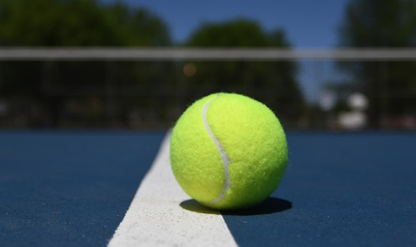tenisová loptička